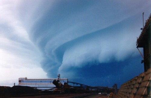 O ano com o maior número de furacões - furacão Isabel