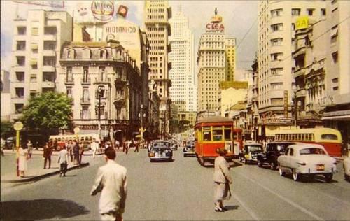 Avenida São João em São Paulo em 1952